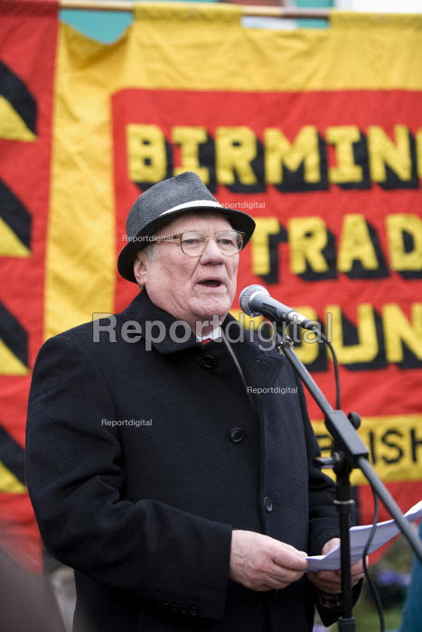 Ken Capstick, former Yorkshire NUM leader speaking at the commemoration of the events of forty years ago when the trade union movement won a victory in what is now known as The Battle of Saltley Gates in support of the NUM miners strike, 1972. Birmingham - John Harris - 2012-02-10