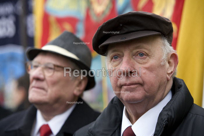 Arthur Scargill and Ken Capstick, former Yorkshire NUM leader. Commemoration of the events of forty years ago when the trade union movement won a victory in what is now known as The Battle of Saltley Gates in support of the NUM miners strike, 1972. Birmingham - John Harris - 2012-02-10