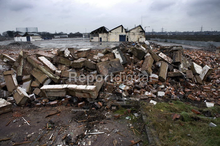 The demolished LDV vans factory, Washwood Heath, Birmingham. LDV closed with debts of £75 million in 2009 with the loss of 800 manufacturing jobs. - John Harris - 2012-02-10