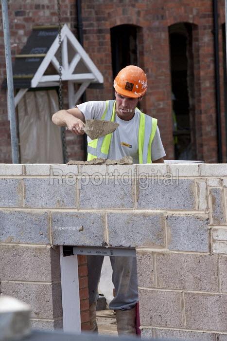 Bricklaying, bulding site, Warwickshire - John Harris - 2013-08-21