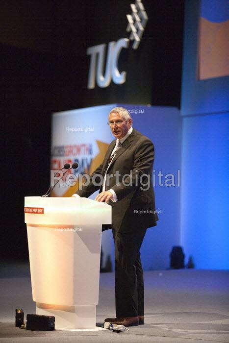 Eddie Saville Gen Sec HCSA, TUC, Bournemouth 2013 - John Harris - 2013-09-10