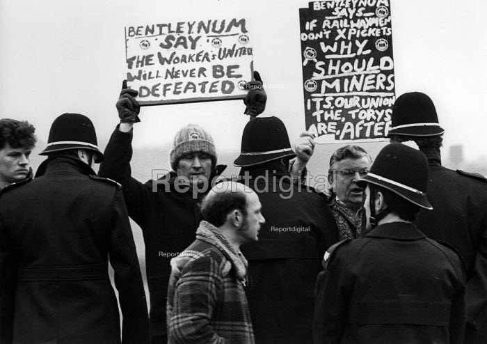 Pickets from Bentley picket Thoresby Colliery, Nottinghamshire. - John Harris - 1984-03-18