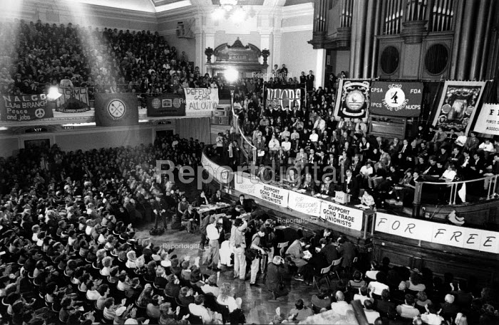 GCHQ day Westminster Hall rally to protest at the sacking workers from GCHQ insisting on their right mind trade union, London GCHQ Trade unions - John Harris - 1988-11-07