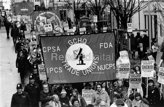 Over 10,000 marched through Cheltenham on the 5th anniversary of the ban on trades union membership GCHQ for which members were then sacked. GCHQ Trade unions, Cheltenham - John Harris - 1989-01-28