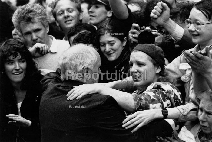 Bill Power, The Birmingham Six on their release from prison outside the High Court, Old Bailey, London - John Harris - 1991-03-14