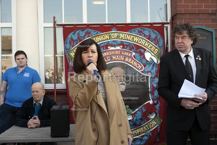 Caroline Flint MP speaking as Chris Skidmore NUM listens, Miners strike 30th anniversary, Hatfield Main, Dunscroft, Yorkshire - John Harris - 2014-03-09