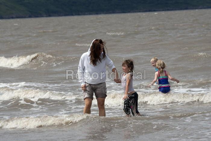St Richards C E First School trip to the seaside, Weston Super Mare, Somerset - John Harris - 2014-07-04
