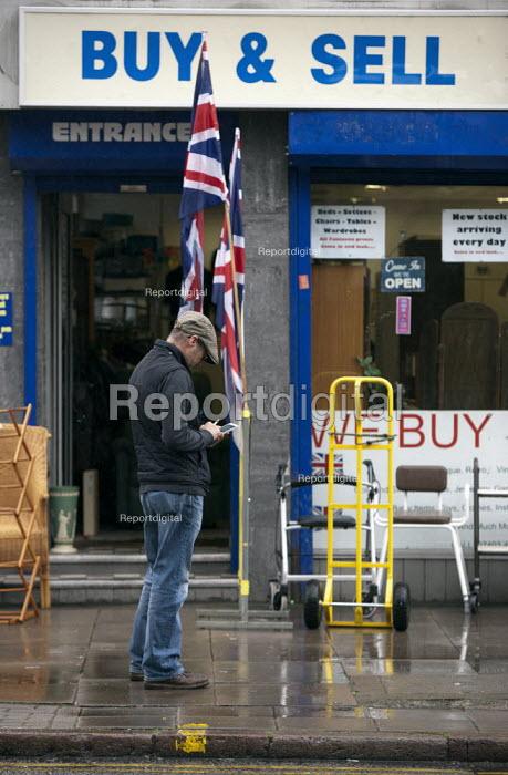 Shopkeeper, Humberstone, Leicester - John Harris - 2014-06-04