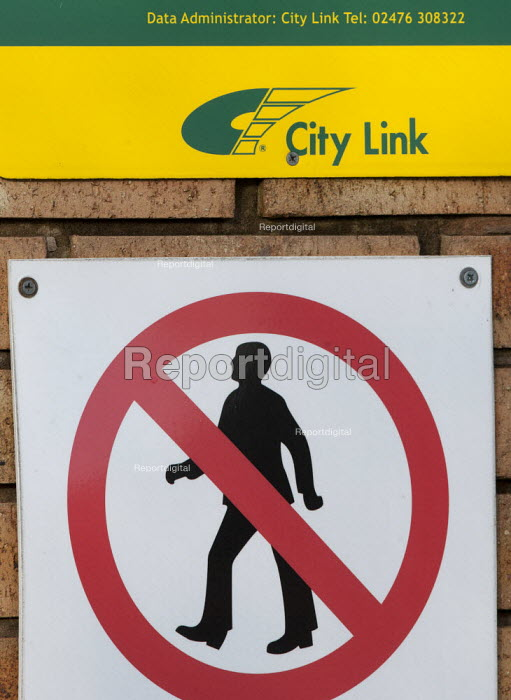 City Link, closed distribution centre, Coventry - John Harris - 2013-04-29