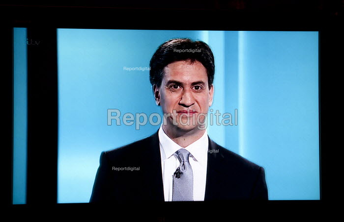 Ed Miliband, Labour Party. Stills from a TV showing The ITV Leaders' Debate watched by more than 7 million, UK General Election Campaign television program. - John Harris - 2015-04-02