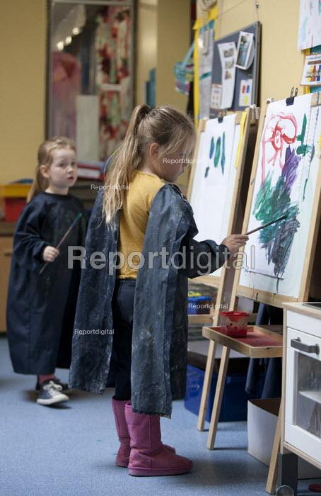 Pupils painting. Primary school, St Richards First School, Evesham, Worcestershire - John Harris - 2015-07-06
