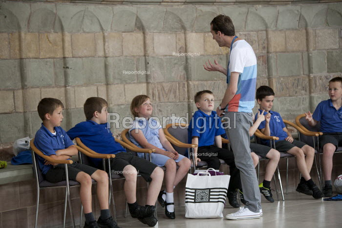School pupils visiting Worcester Cathedral, Worcestershire - John Harris - 2015-06-25