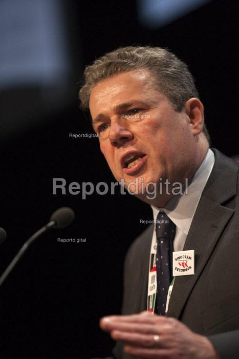 Mark Serwotka PCS speaking TUC conference Brighton - John Harris - 2015-09-15