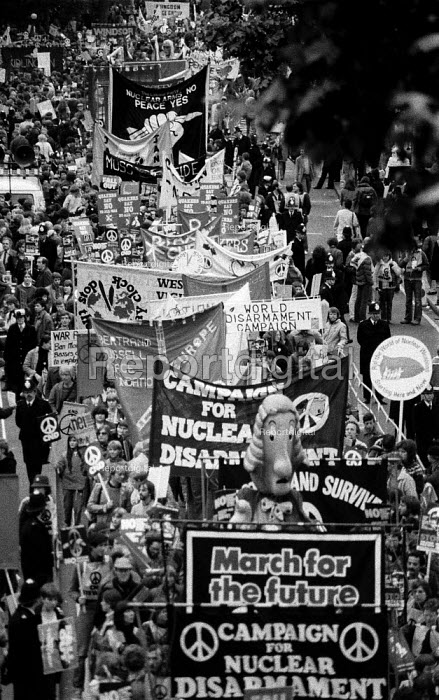 Unilateral nuclear disarmament march, a hugh CND demonstration by peace campaigners to Hyde Park. Estimates of numbers varied between 250,000 to 500,000 people
