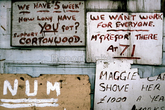 The Alimo Miners Picket hut at Cortonwood pit. South Yorkshire. .... - John Harris - 1985-02-28