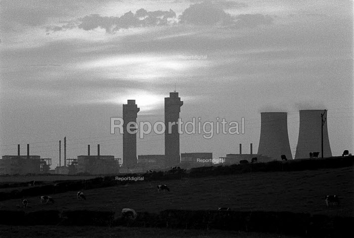 The radioactive waste reprocessing plant at Sellafield (formally Windscale) British Nuclear Fuels Cumbria - John Harris - 1986-07-26