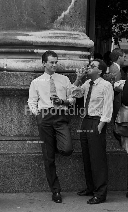 City dealers drinking champaign at a bar in The City, London 1987 - John Harris - 1987-06-09