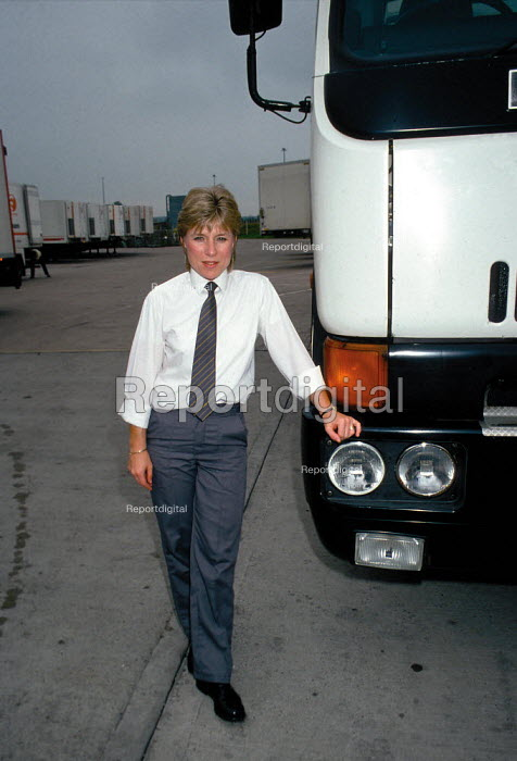 Female HGV driver for Tesco goods distribution - John Harris - 1991-08-07