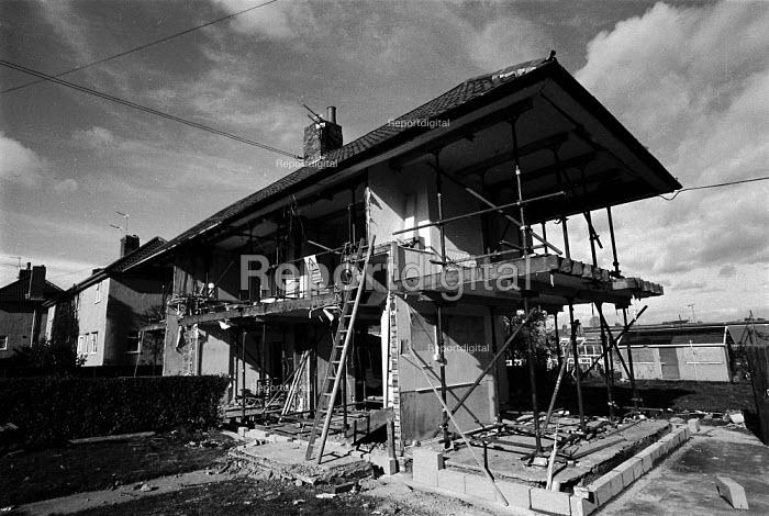 Local Authority housing being refurbished Bristol - John Harris - 1991-10-24