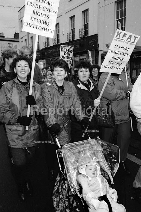 KFAT women on the march GCHQ trade unions annual march & rally for the restoration the right to organize trades unions GCHQ Cheltenham - John Harris - 1994-01-26