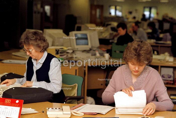 Tax record filing Inland Revenue office Dudley - John Harris - 1998-04-13