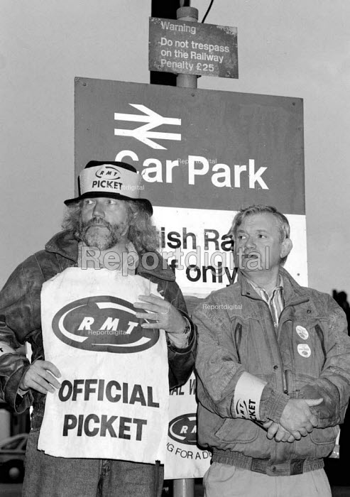 Striking signal workers on a picket line during the TUC Blackpool 1994 - John Harris - 1994-09-30