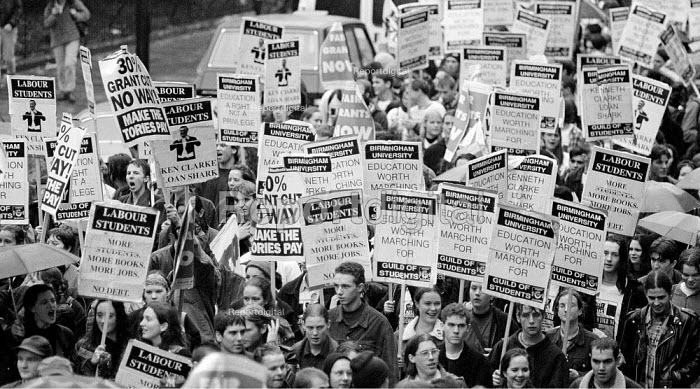 Students protest against cuts in grants, London 1994 - John Harris - 1994-11-09
