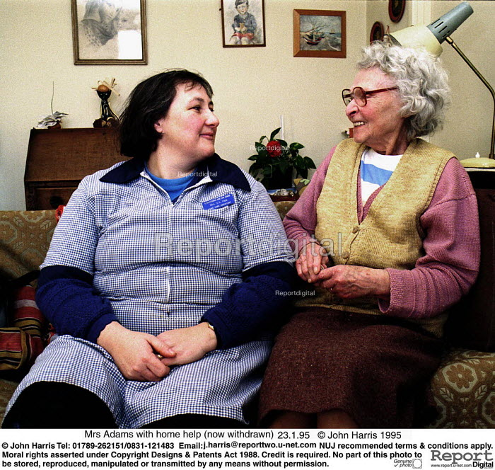 Social services home help with pensioner - John Harris - 1995-01-23