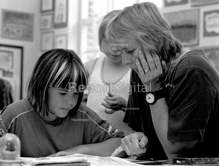 Teaching at Milverton Combined school Leamington Spa - John Harris - 1995-07-17