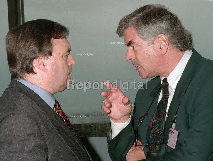 Tony Dubbins GPMU talking with John Prescott Labour MP Labour Party Conference 1995 - John Harris - 1995-10-01