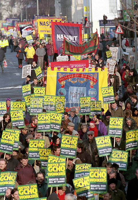 GCHQ trade unions annual march & rally for the restoration the right to organize trade unions at GCHQ Cheltenham - John Harris - 1996-01-27