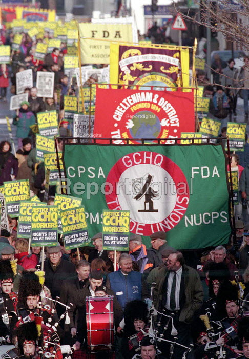 GCHQ trade unions annual march & rally for the restoration the right to organize trade unions at GCHQ Cheltenham - John Harris - 1996-01-28