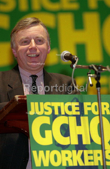 John Monks TUC speaking at GCHQ trade unions annual march & rally for the restoration the right to organize trade unions at GCHQ Cheltenham - John Harris - 1996-01-28