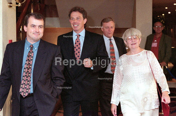 Brendan Barber TUC Tony Blair MP John Monks TUC & Margaret Prosser TGWU at TUC Conference 1996 - John Harris - 1996-10-01