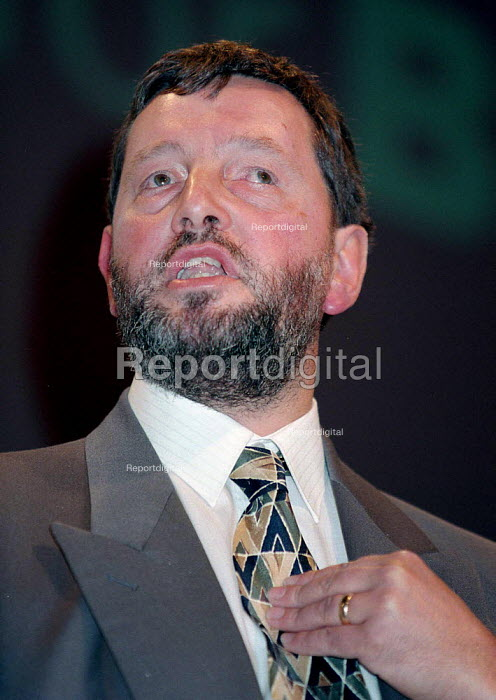 David Blunkett speaking at Labour Party conference 1996 - John Harris - 1996-10-01