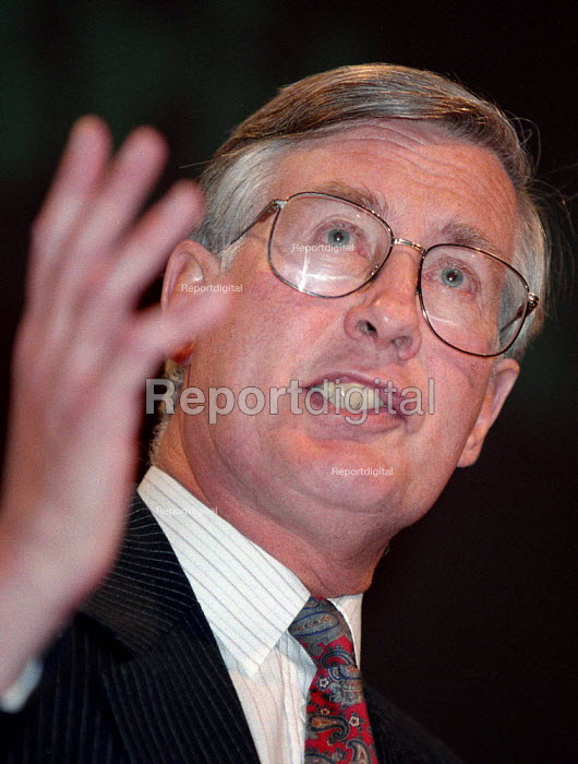 Michael Meacher MP speaking at Labour Party conference 1996 - John Harris - 1996-10-01