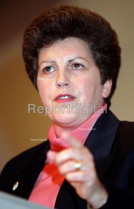 Pauline Green MEP speaking at Labour Party conference 1996 - John Harris - 1996-10-01