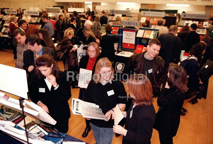 Students looking at bookstalls British Psychological Society London Conference - John Harris - 1997-12-16