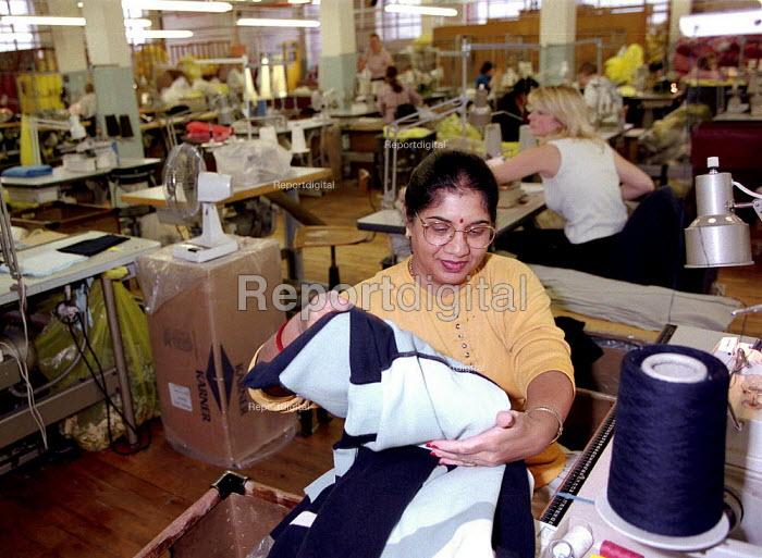 Richard Roberts clothing factory Leicester 4.2.97 - John Harris - 1997-02-04