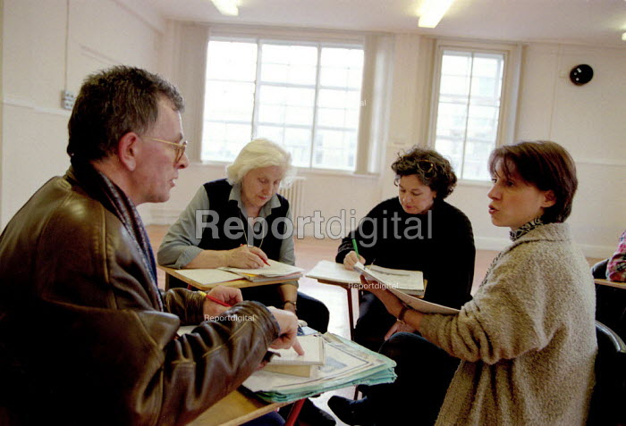 Mature students learning Italian in a Modern Languages class City Lit Further Education College - John Harris - 1997-03-17