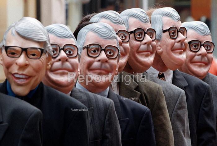 22 John Major clones join Alistair Darling MP Labour & Gisela Stuart PPC Edgbaston to highlight the 22 tax rises under the Conservative Government. Labour election campaign Birmingham - John Harris - 1997-04-24