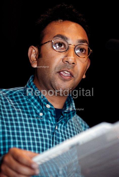 Pav Alam CWU speaking at TUC Conference 1999 - John Harris - 1999-09-16