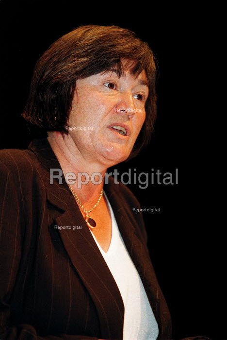 Clare Short MP speaking at TUC Conference 1999 - John Harris - 1999-09-16