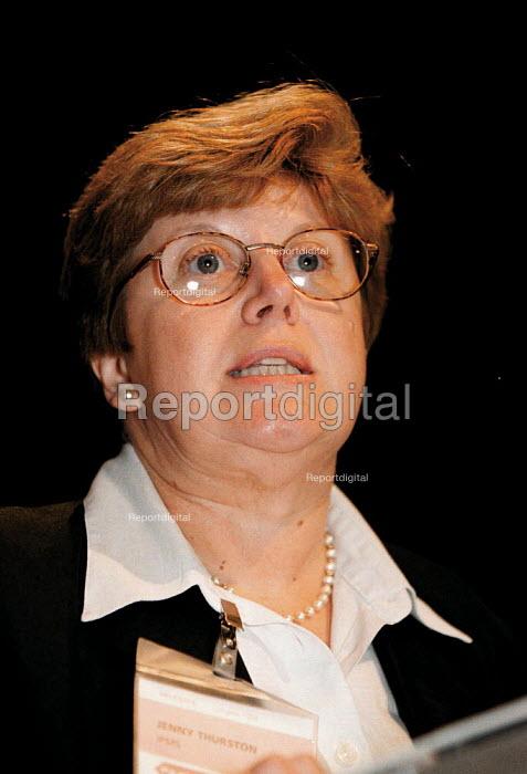 Jenny Thurston IPMS speaking at TUC Conference 1999 - John Harris - 1999-09-13