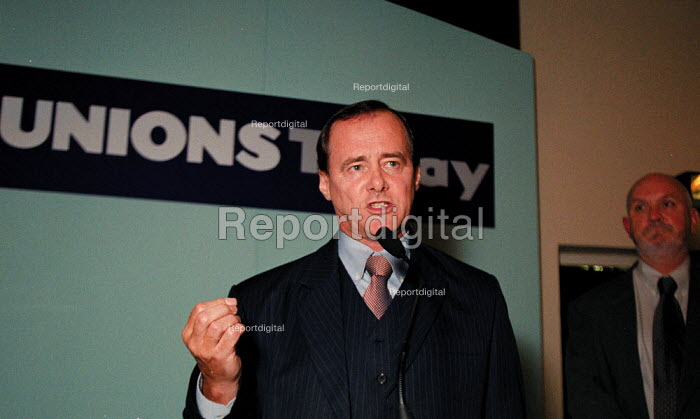 Tony Cooper EMA speaking at the launch of Unions Today magazine TUC Conference 1999 - John Harris - 1999-09-14