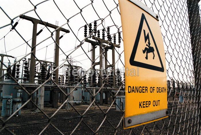 Danger warning sign electricity substation Berkley BNFL Nuclear power station - John Harris - 1999-11-30