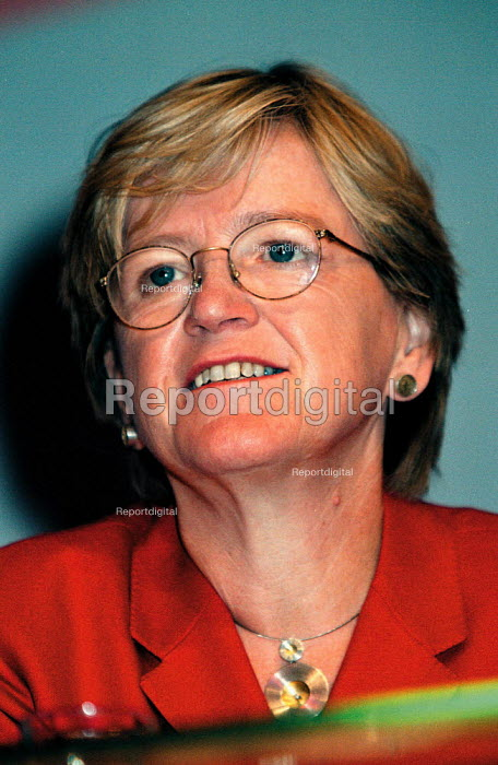 Hillary Armstrong MP Labour Party Conference 1999 - John Harris - 1999-09-27