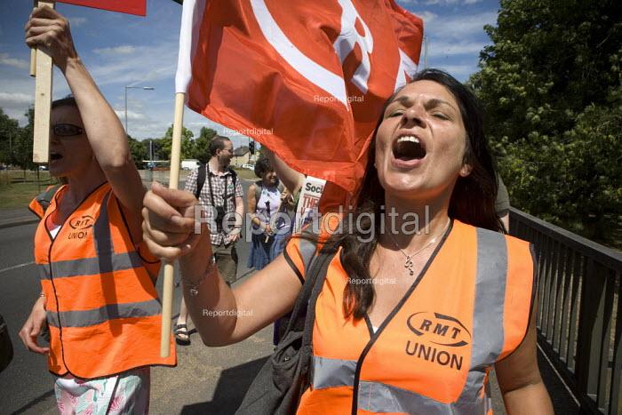 RMT members. Protest against the privatisation of Hichingbrooke NHS Hospital, Huntingdon, Cambridgeshire. - John Harris - 2010-07-10