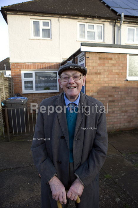 Pensioner outside his Housing Association home where he lives alone, Stratford upon Avon, Warwickshire. - John Harris - 2012-01-19