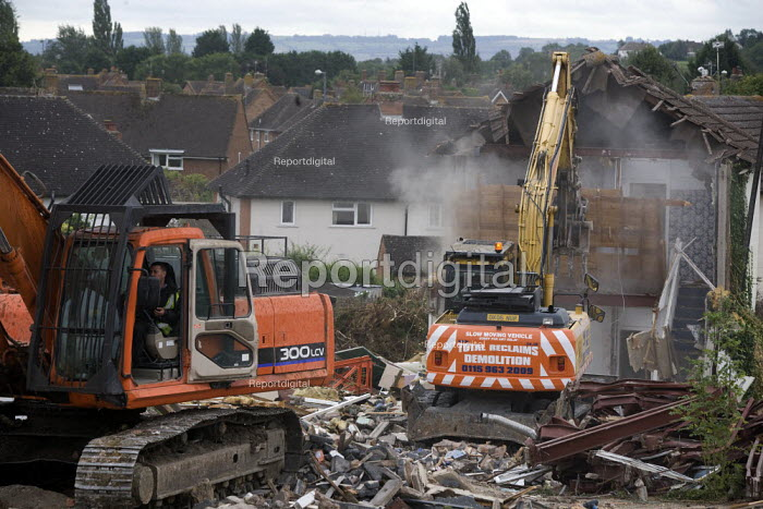 Old housing being demolished as new social housing is to being built on the site. Stratford-upon-Avon, Warwickshire. - John Harris - 2012-09-20